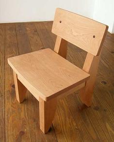 小さい椅子、フクちゃん